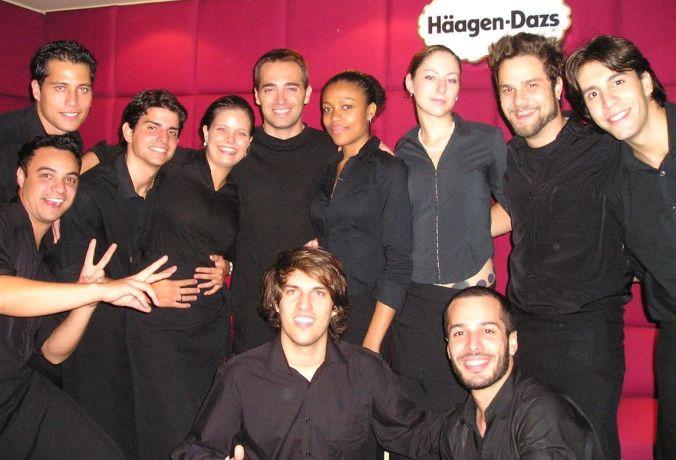 Os Bacanas - Bar de caipirinhas, Bartenders, Garçons, Garçonetes, Recepcionistas, Promotores, Copeiras